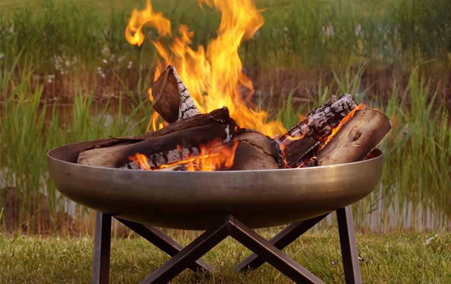 Foto einer Feuerschale für den Blog von Die-Ideale-Feuerschale.de